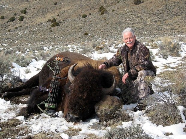 76 Year Old Montana Hunter Kills Bison with Bow, Donates Portion of Meat to his Community