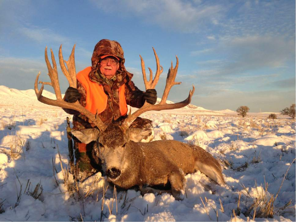 Mule Deer Permit Sells for a Record $410K